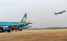Máy bay từ Đà Nẵng đến Hà Nội vỡ đèn dẫn đường vì va phải chim