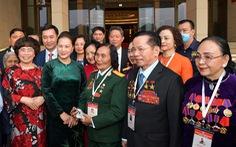 Đoàn đại biểu Đại hội Thi đua yêu nước vào lăng viếng Chủ tịch Hồ Chí Minh