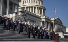 106 nghị sĩ Đảng Cộng hòa ký văn bản đề nghị Tòa án tối cao thụ lý vụ kiện của Texas