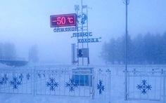 Trẻ em ở nơi lạnh nhất thế giới đi học trong băng giá -50 độ C