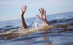 Nam thanh niên rơi xuống hồ trước mắt nhiều người, cả ngày sau mới tìm thấy thi thể