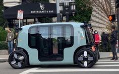 Mẫu taxi robot có thiết kế lạ mắt