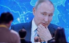 Tổng thống Putin nói sẽ tiêm vắc xin COVID-19 'ngay khi có thể'