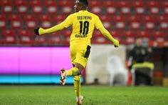 Điểm tin thể thao sáng 19-12: Dortmund bại trận sau khi sa thải HLV