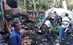 An Giang: 7 căn nhà bị thiêu rụi giữa trưa