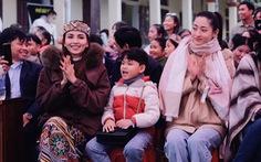 Hoa hậu Lương Thùy Linh, Diễm Hương cùng 2.000 tô phở cho em nhỏ miền núi