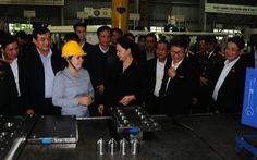 Chủ tịch Quốc hội Nguyễn Thị Kim Ngân thăm Khu công nghiệp Thaco Chu Lai