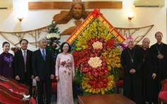 Trưởng Ban Dân vận trung ương thăm, chúc mừng Giáng sinh Tòa giám mục Xuân Lộc