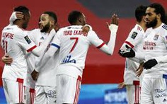 Điểm tin sáng 24-12: Lyon kết thúc năm với ngôi đầu Ligue 1, Trippier bị cấm 10 tuần