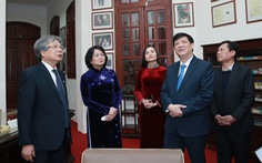 Giám đốc Bệnh viện Hữu nghị Việt Đức nhận danh hiệu Anh hùng lao động