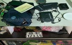 Bắt 2 thanh niên, thu giữ 745 mẫu con dấu giả dấu công an cả nước
