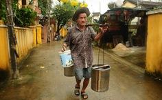 Người giữ nghề gánh nước ở Hội An