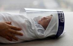 Ảnh em bé Việt Nam mang tấm chắn vào top ảnh ấn tượng nhất năm 2020