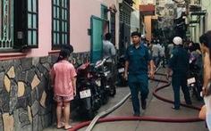Cháy nhà bán đồ cúng trong hẻm, một người chết