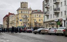Bất ổn tại Nga, hai anh em cầm dao đâm chết một cảnh sát