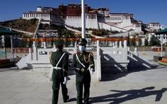 Ông Trump ký luật trừng phạt Bắc Kinh nếu tự chọn người kế vị Dalai Lama