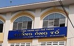 Trường THPT Giồng Ông Tố giảm mức kỷ luật 2 nam sinh quay lén trong nhà vệ sinh nữ