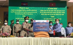 100 tấn gạo tặng lực lượng quản lý, bảo vệ biên giới Campuchia