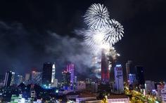 TP.HCM đề xuất bắn pháo hoa mừng Tết Dương lịch 2021 tại 3 điểm