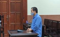 Lãnh 17 năm tù vì đưa bé gái bị thiểu năng vào khách sạn 'trú mưa'