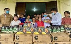 Tặng thực phẩm sạch cho trẻ em đặc biệt khó khăn, mồ côi Quảng Nam
