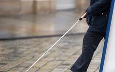 Nghiên cứu mới: Cấy điện cực khôi phục thị lực cho người mù