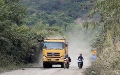 Xe quá tải phá nát đường, sở than khó xử lý vì 'chỉ có 2 xe chuyên dụng'
