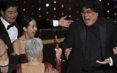 Lần đầu tiên trong lịch sử Oscar, Parasite, một phim châu Á giành giải phim hay nhất