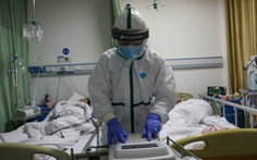 Chính quyền phải bảo vệ nhân viên y tế chống dịch bị đuổi khỏi chung cư