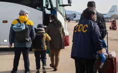 Mỹ 'thả nhầm' một người dương tính virus corona