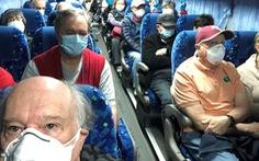 Hơn 300 người kẹt trên du thuyền ở Nhật về tới Mỹ, 14 người nhiễm corona