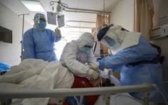 Chuyên gia WHO: Trung Quốc tiếp cận 'rất hợp lý' khi dùng liệu pháp huyết tương