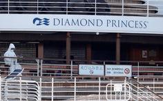 Hai du khách nhiễm COVID-19 trên tàu Diamond Princess tử vong