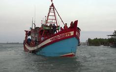 Va chạm giữa tàu cá và tàu hậu cần, 1 ngư dân chết, 1 mất tích
