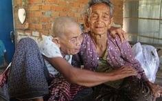 Cuộc đoàn tụ nghẹn ngào sau 47 năm thất lạc của 3 chị em trên dưới 100 tuổi