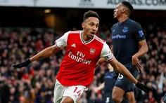 Aubameyang lập cú đúp, Arsenal thắng nghẹt thở Everton