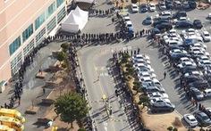 Người Hàn Quốc xếp hàng cả trăm mét đợi mua khẩu trang ở Daegu