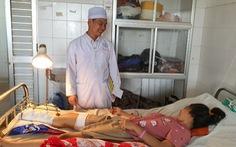 Nỗ lực cứu bàn chân phải cho nữ sinh 15 tuổi