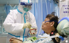 Y tá Vũ Hán viết tâm thư: 'Chúng tôi cũng là con người'