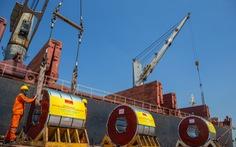 Tiếp tục xuất khẩu lô hàng 10.000 tấn tôn Hoa Sen đến châu Âu
