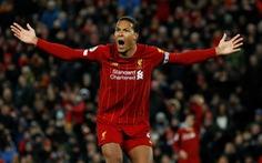 Premier League có thể hoãn vì COVID-19, Liverpool nguy cơ mất chức vô địch