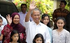 Quốc vương Malaysia bổ nhiệm cựu bộ trưởng nội vụ làm thủ tướng mới