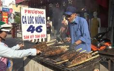 Ngày vía Thần tài, một gia đình bán hơn 5 tấn cá lóc nướng