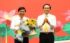 Chủ tịch Nguyễn Thành Phong nhận bằng khen đảng viên hoàn thành xuất sắc nhiệm vụ 5 năm