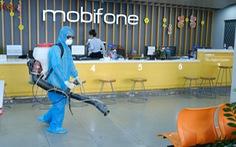 Mobifone khu vực 3 phát khẩu trang, khử trùng cửa hàng giao dịch phòng virus corona