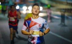 Đi tìm 'bụng 6 múi' - Kỳ 5: Nghiện chạy bộ