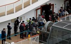 3.600 người trên du thuyền World Dream được 'thả' sau 4 ngày cách ly