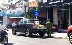 Thu giữ nhiều hàng hóa tại shop bán khẩu trang giá 'khủng' ở Nha Trang