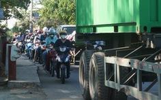 Cầu giải tỏa kẹt xe đường Đỗ Xuân Hợp 'kẹt cứng' cả năm nay
