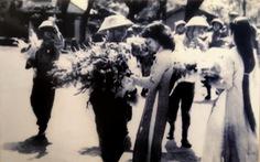 Ngắm những bức ảnh quý của Hà Nội thời những chiếc cặp ba lá